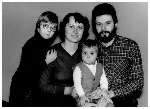 Matthias Rudolph mit seinen Eltern Carola und Axel und Bruder Thomas.